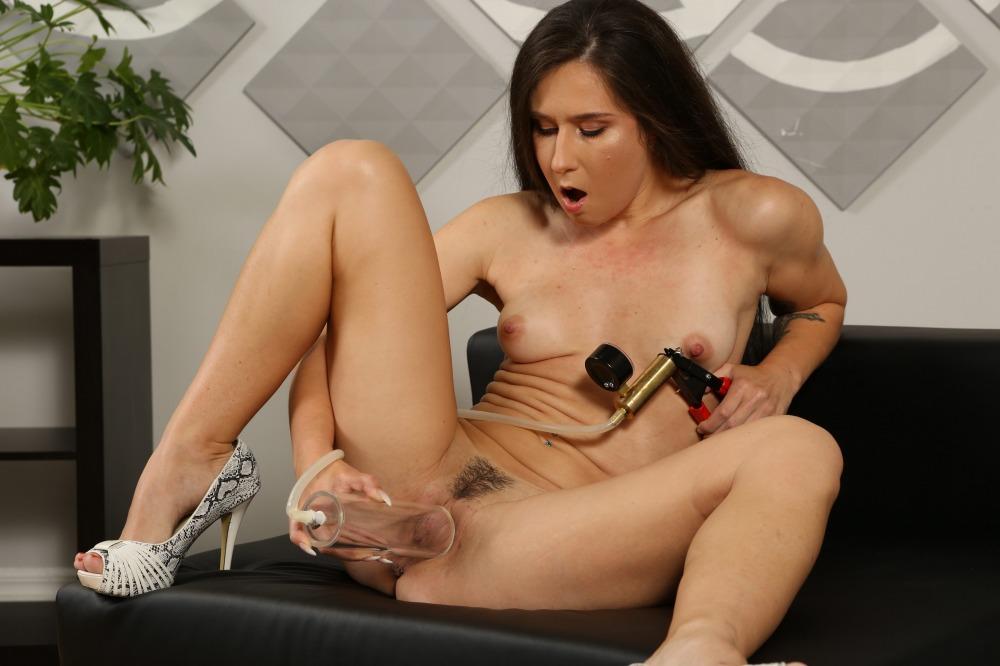 Lusty Lara